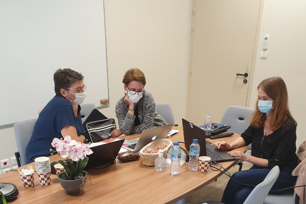 Carine Barbey (auditrice SGS), Mathilde Pulh (responsable Master MATC), Adèle Grégoire (responsable qualité)